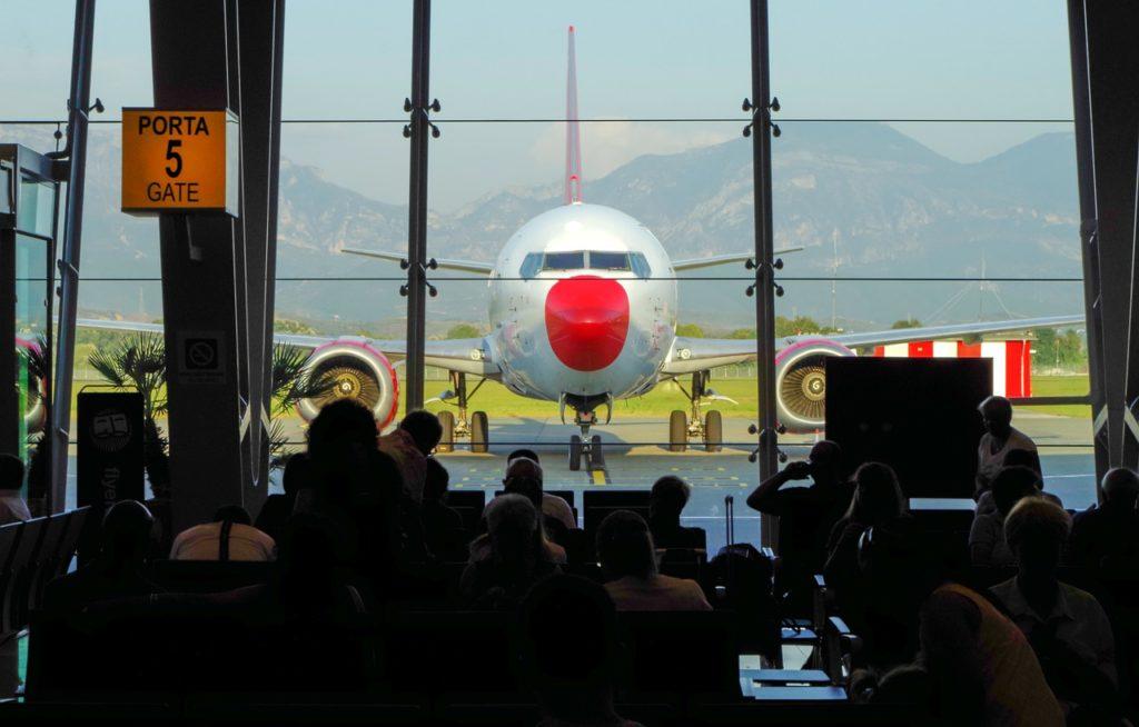 Трансфер Аэропорт Тирана